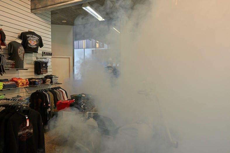Ceața de securitate ascunde gecile scumpe Harley-Davidson